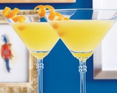 BEBBO COCKTAIL Food & Drink Magazine EARLY SUMMER 2007 By: Michelle P. E. Hunt and Laura Panter  1. To a cocktail shaker filled with ice, add 2 oz gin, 1 tsp honey, ½ oz lemon juice and ½ oz fresh orange juice.  2. Shake and strain into a small Martini glass.  3. Garnish with an orange twist.