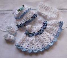 Hand croched set to fit 5 inch Berenguer reborn doll  by bythemill