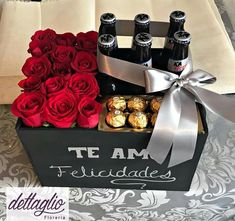 Gifts for Valentine's Day - Gifts stuff - - San Valentin Regalos Caja Creative Gifts For Boyfriend, Valentine Gifts For Husband, Cute Valentines Day Gifts, Gifts For Your Boyfriend, Flower Box Gift, Birthday Surprise Boyfriend, Dating Divas, Diy Birthday, All You Need Is