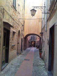 Qui si respira un'aria diversa....... Cervo #Liguria