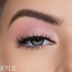 Kylie Cosmetics | The Weather Collection | Calm Before The Storm Palette | true love and sweet sweet on the lid, aquarius on the crease