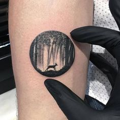 20 detailed tattoos that fit perfectly into small circles art and
