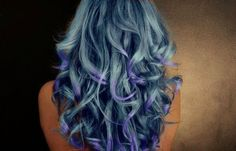 Love this. I want to dye my hair so many different colors.