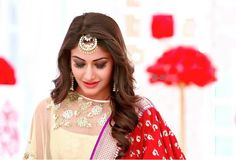 Ishkara – Pyaar ya Nafrat – Suggestions needed Hi guys, before continuing with the story further, I Trendy Hairstyles, Wedding Hairstyles, Indian Reception Outfit, Tashan E Ishq, Surbhi Chandna, Nour, Bindi, Celebs, Celebrities