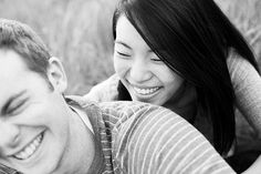 4 Tips For Photographing People Laughing (via photographyconcentrate.com)