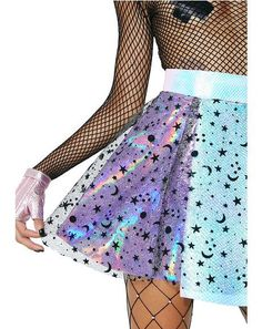 Cosmic Unicornz Holographic Moon Star Skirt will give ya all the cosmic feelz. This skirt has a holographic blue N' purple paneled design, a clear top layer with a black moon N' star print all over, and a back zipper closure. Kawaii Fashion, Cute Fashion, Girl Fashion, Fashion Dresses, Fashion Design, Cute Girl Outfits, Outfits For Teens, Cool Outfits, Ropa Color Neon