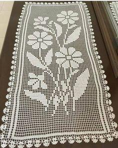 Alıntı Crochet Tablecloth, Crochet Table Runner, Crochet Doilies, Crochet Flowers, Wiggly Crochet, C2c Crochet, Thread Crochet, Crochet Rug Patterns, Knitting Patterns