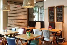 #interiordesign #coffeeshopdesign #brunchspot #patisserie #petitdej #frühstück Coffee Shop, French Bistro, A Table, Conference Room, Interior, Design, Furniture, Home Decor, Bon Appetit