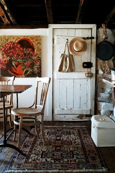 design is mine : isn't it lovely?: INTERIOR INSPIRATION : COME IN FROM THE COLD.
