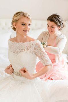 Detailverliebte Hochzeit auf Weingut am Reisenberg @Marie Bleyer http://www.hochzeitswahn.de/inspirationen/detailverliebte-hochzeit-auf-weingut-am-reisenberg/ #mariage #wedding #bride