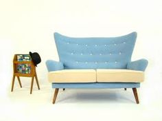 Gplan bicolor baby blue and cream sofa // Canapé, divan Mid century bi-colore, bleu et crème