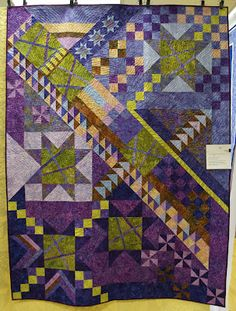 """LOVE the color in this quilt!     """"Beyond the Block Mystery Quilt"""" by Kimberly Connelly at Milwaukie Center Airing of the Quilts.  Photo from willywonkyquilts.blogspot.com"""