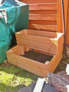 2 level planter made from old wooden bed slats