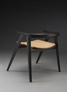 The Spada Chair by Fabiano Sarra, via Behance