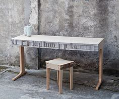 RECYCLING: NEWSPAPER WOOD -