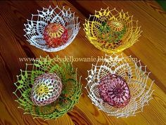super Ideas for crochet basket easter projects Crochet Scarf For Beginners, Crochet Scarf Easy, Crochet Mittens, Crochet Bowl, Easter Crochet, Crochet For Kids, Crochet Pillow Patterns Free, Crochet Shoes Pattern, Easter Egg Crafts