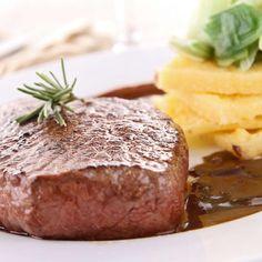 Imaginea rețetei Friptură de vită cu mămăligă Tasty, Yummy Food, Steak, Delicious Food, Steaks, Good Food, Beef