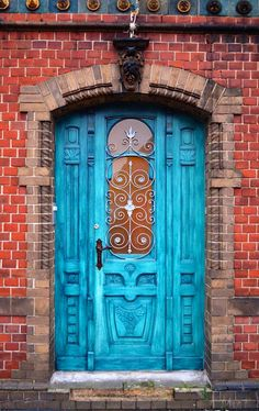 Awesome ideas beautiful doors design painted 40 Awesome ideas beautiful doors design p Entrance Lighting, Entrance Doors, Exterior Lighting, Doorway, Garden Entrance, Garden Gates, Entrance Ideas, Exterior Door Colors, Exterior Doors