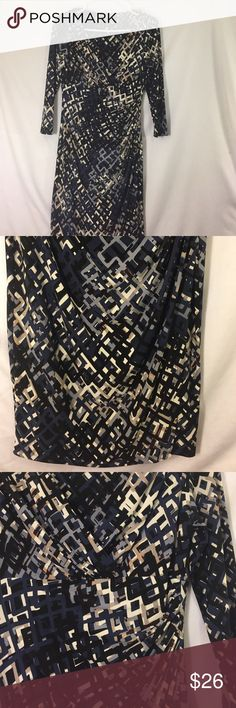 Ralph Lauren dress Worn a handful times. The colors are black, navy, blue, cream, light brown. Great for office and matches with all colors. Blue Cream, Fashion Tips, Fashion Design, Fashion Trends, Navy Blue, Ralph Lauren, Times, Formal Dresses, Colors