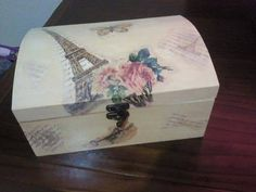 Cajas decoradas Christmas Gift Card Holders, Christmas Cards, Decopage, Dream Party, Decoupage Vintage, Great Teacher Gifts, Wood Boxes, Vintage Designs, I Card