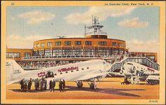 New York City Vintage Postcard - La Guardia Field Airport, United Airlines Mainliner