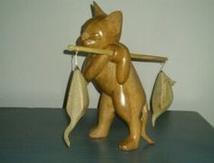 this cat I bought on Ebay ... gorgeous! Wooden Cat, My House, Collections, Cats, Stuff To Buy, Ebay, Gatos, Cat, Kitty