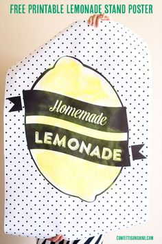 Free Printable Lemonade Stand Poster - perfect for a fun summer lemonade stand or any summer party! Just add lemonade.