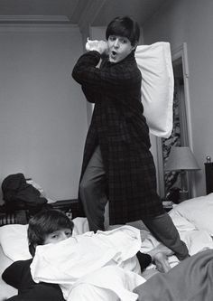 Did someone say.. PILLOWFIGHT WITH THE BEATLES?? xD There are more black and white pics of them on the site attatched.