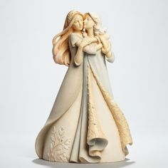This beautiful figurine captures the extraordinary relationship between a mother and daughter. The essence of this special bond is found in the exquisite detail of the facial expressions and their lovely embrace. Paper Mache Sculpture, Sculpture Art, Angel Tattoo Designs, Polymer Clay Dolls, Mother And Child, Clay Creations, Gifts For Family, To My Daughter, Collection