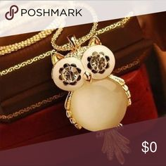 Adorable Owl Necklace Brand new Boutique Jewelry Necklaces