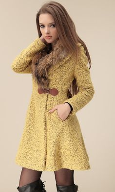 Love this mustard Raccoon fur collar woolen coat Cute Cheap Summer Dresses, Spring Dresses, Coats For Women, Clothes For Women, Korean Street Fashion, Business Dresses, Western Dresses, Haute Couture Fashion, Plus Size Dresses