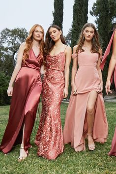 Spring 2019 Bridesmaids Jenny Yoo's Spring / Summer 2020 features a variety of unique silhouettes, s Modern Bridesmaid Dresses, Bridesmade Dresses, Wedding Bridesmaids, Bridal Party Dresses, Wedding Gowns, Bridesmaid Inspiration, Maid Of Honor, Wedding Styles, Marie