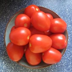 How to wash tomatoes: BrownThumbMama.com