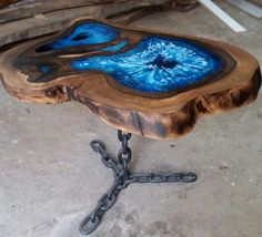 Wood table with epoxy glass waterfall - Madera con recinas - Welcome Haar Design Wood Resin Table, Epoxy Resin Table, Resin Crafts, Resin Art, Wood Crafts, Resin Furniture, Log Furniture, Wood Projects, Woodworking Projects