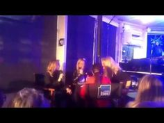Bonnie Tyler & Lara Fabian marraine de Musique Sur Seine 2013 France Bleu 107.1 #bonnietyler #gaynorsullivan  #france #paris #gaynorhopkins #thequeenbonnietyler #therockingqueen #rockingqueen #music #rock #2013 #bonnietylerfrance #francebleu #bonnietylervideo #interview #rocksandhoney #video