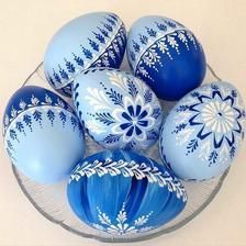 45 Likes, 7 comments - Gitka& A . Easter Egg Crafts, Easter Gift, Easter Paintings, Egg Shell Art, Easter Egg Designs, Ukrainian Easter Eggs, Diy Easter Decorations, Grenade, Easter Celebration