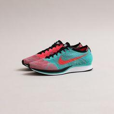 Nike Flyknit Racer (Hyper Jade/Hyper Punch-Black)