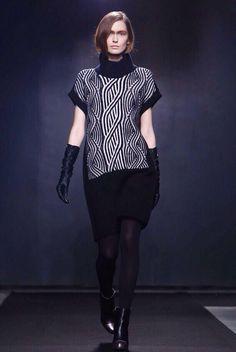 Vika Shiyan for Atsuro Tayama Fall/Winter 2015-2016 show / WOMEN Paris