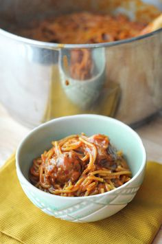 Saucy One-Pot Spaghetti and Italian Sausage Meatballs || HeathersDish.com #ad #WeekNightKitchen