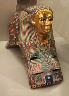 Pasyg, Neues museum Berlin. Cartonnage head cover, gilded face. Greco-roman period?