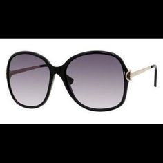 AUTH Gucci GG 3129 Round Horsebit Sunglasses This purchase was inspired by Lauren Conrad circa Hills era. I've worn these sunglasses 2x and they've been stashed in my closet since. Comes with wipe cloth, certificate of authenticity and case. Gucci Accessories Sunglasses