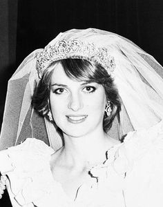 July Prince Charles marries Lady Diana Spencer in Saint Paul's Cathedral. Charles And Diana Wedding, Princess Diana Wedding, Prince And Princess, Princess Of Wales, Princess Diana Rare, Real Princess, Lady Diana Spencer, Spencer Family, Royal Brides
