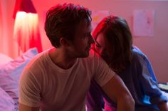 Ryan Gosling and Emma Stone light up the screen.