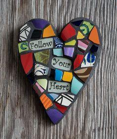 Lunatique coloré 5  x 6  la main coeur mosaïque par PeaceByPieceCo