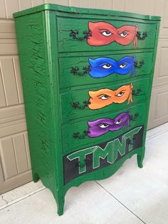 TMNT Hand painted dresser, my kids would absolutely flip if they had this!!!!!!!!