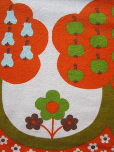 gorgeous vintage fabric, from my rainbow vintage home blog