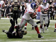 Brandon Jacobs touchdown! New York Football, Giants Football, New York Giants, Brandon Jacobs, Go Big Blue, G Man, Running Back, Motorcycle Jacket, Blog