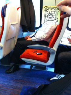 Funny Doodles Entertain an Artist on His Daily Commute - My Modern Met