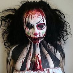 Special effects makeup by @joannastrange ★