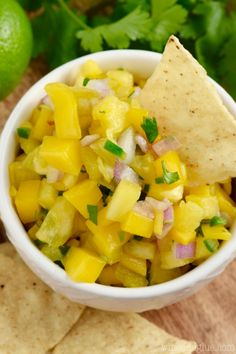 This is the best Pineapple Mango Salsa recipe! It is such a delicious combination of savory and sweet with a little kick too! Mango Pineapple Salsa, Fruit Salsa, Lunch Recipes, Mexican Food Recipes, Ethnic Recipes, Yummy Appetizers, Appetizer Recipes, Mango Salsa Recipes, Healthy Fruits